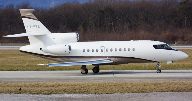 P3-6-Falcon900C_LX-FTA